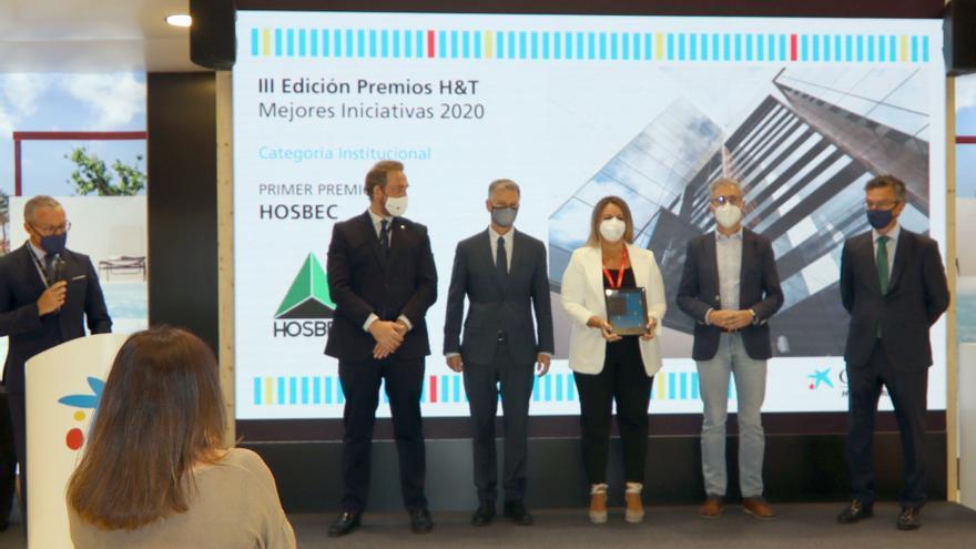 Hosbec recibe un premio en Fitur por su acción social durante la pandemia