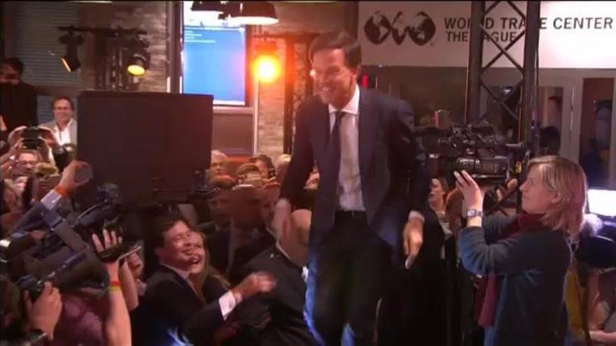 Mark Rutte derrota al populismo xenófobo en las elecciones holandesas
