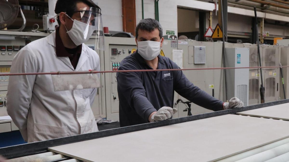 Proceso de fabricación de productos cerámicos