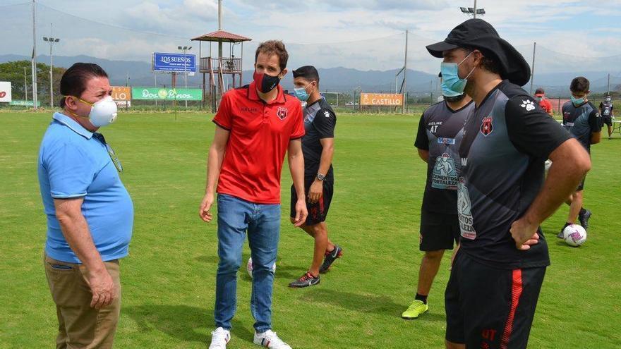 Fútbol de Costa Rica, el primero en volver en América