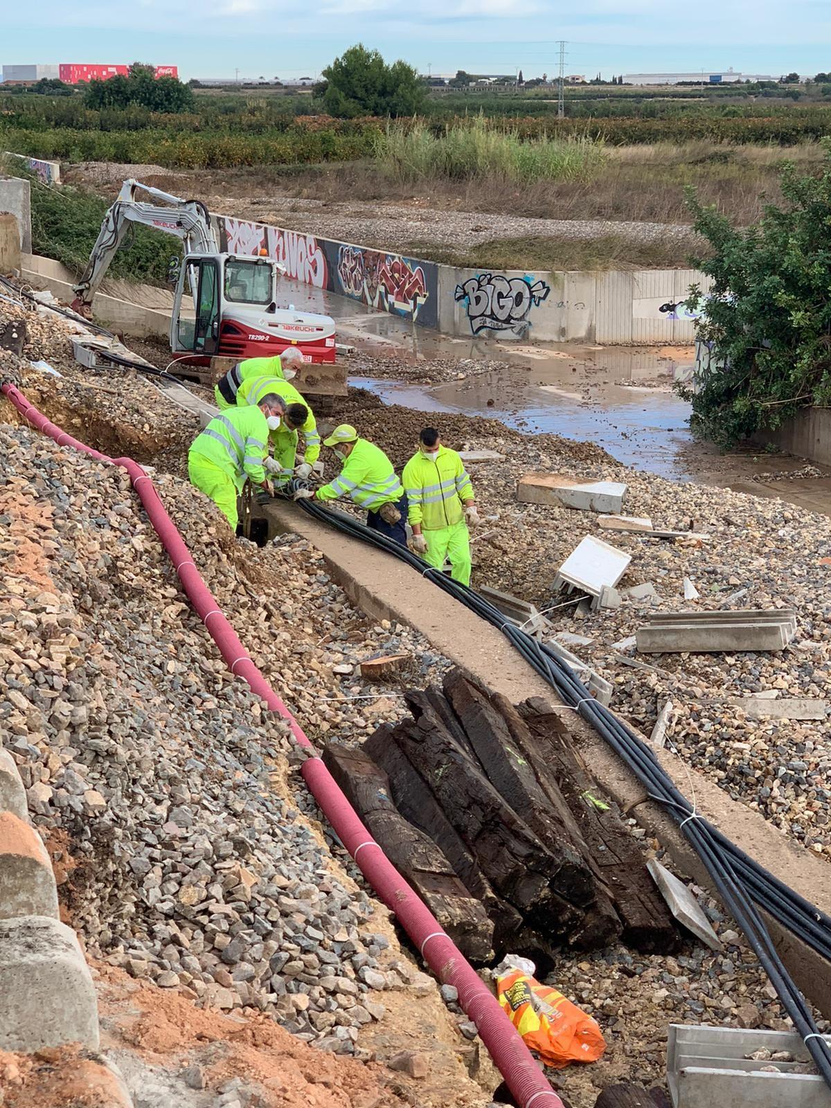 Adif restablece el tráfico ferroviario por ambas vías entre Silla y Benifaió