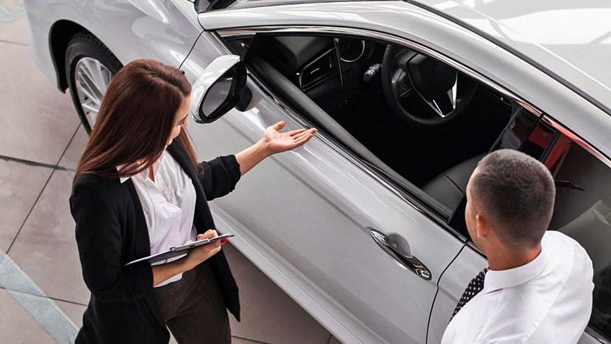 Las ventas de coches en Málaga siguen un 48% por debajo de un año normal