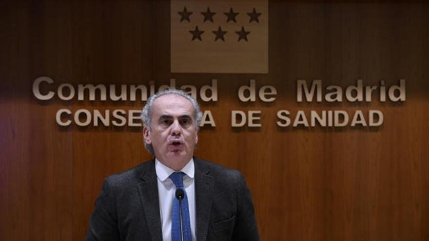 Madrid adelanta el toque de queda a las 22:00 horas y prohíbe las reuniones entre no convivientes
