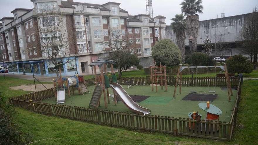 Medio Ambiente proyecta una reforma integral de la plaza y parque de Pasarón