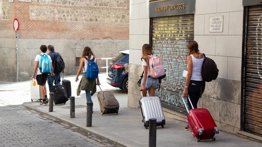 Los dueños de pisos turísticos deberán informar a la Policía de sus huéspedes