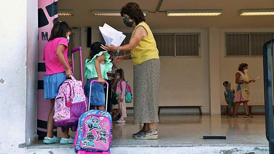 Andalucía inicia el curso con un 99,5% de centros sin Covid