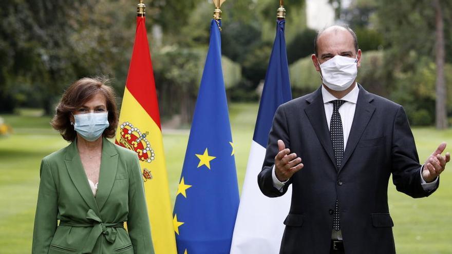Carmen Calvo acerca posturas con Francia sobre la gestión y el impacto de la crisis