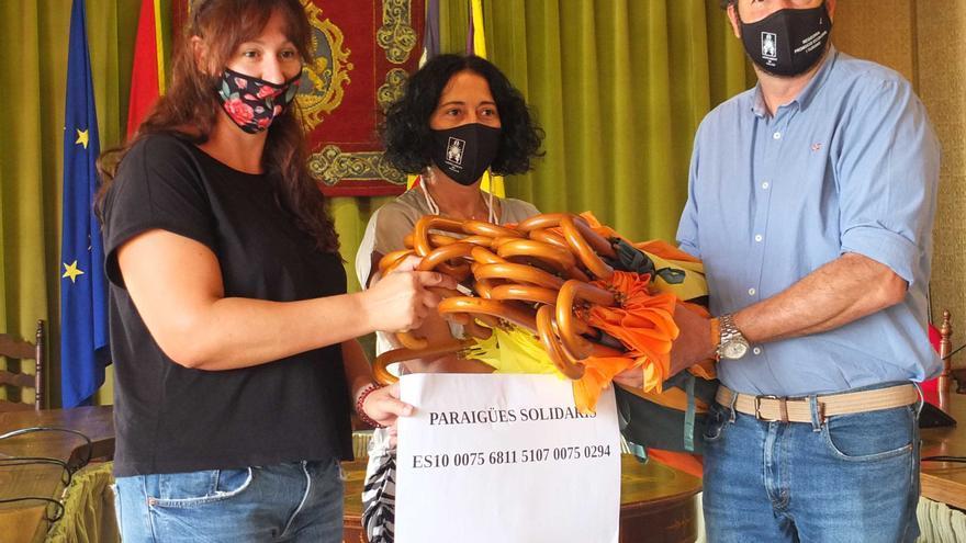 Arranca en Sóller la campaña 'Paraguas solidarios'