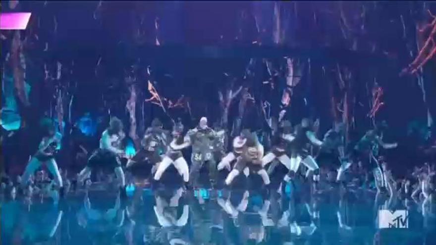 Rosalía, primera española en ganar un MTV Music Award por el vídeo de 'Con altura'