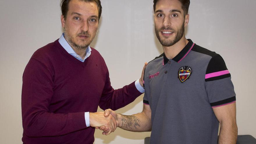 Rochina se vincula al Levante UD por las tres próximas temporadas