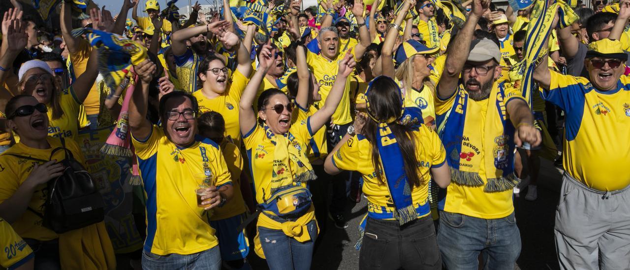 Aficionados de la UD en el último derbi ante el Tenerife, en enero del 2020.