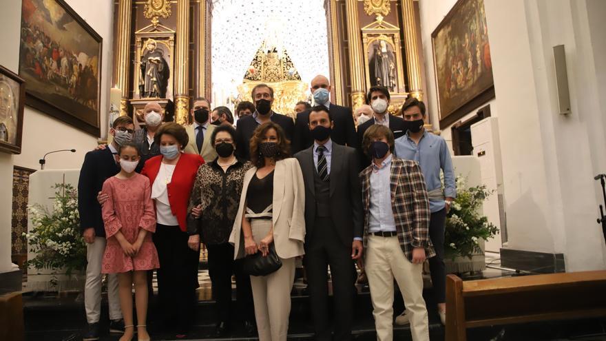 'Finito de Córdoba' entrega sus trajes de luces a la bendición de la Virgen de los Dolores