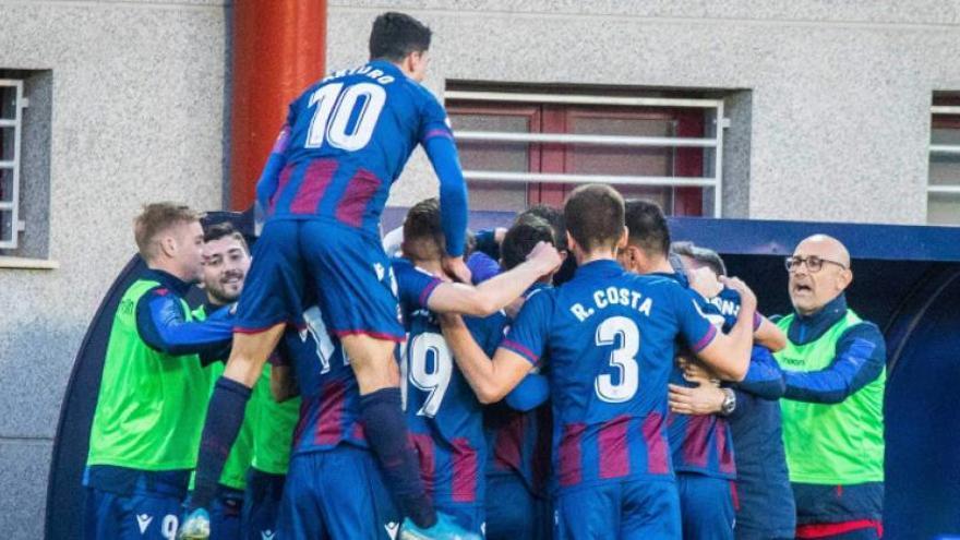 El Atlético Levante suma 3 puntazos ante el Gimàstic