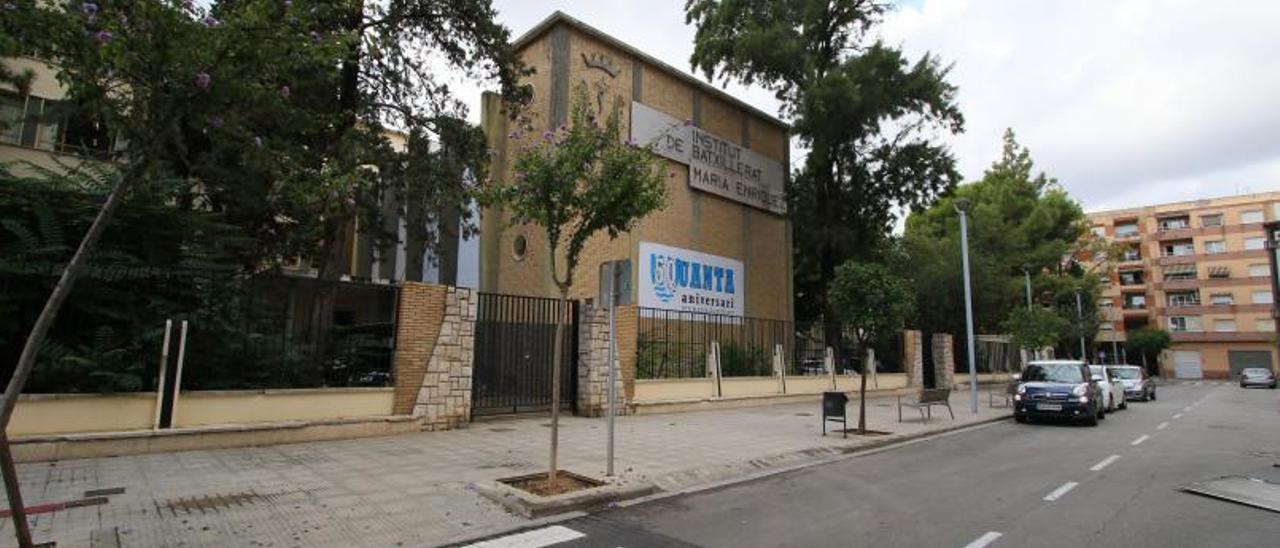 El instituto Maria Enríquez de Gandia acogerá un nuevo grado de informática.
