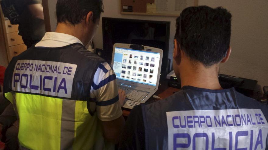 Un pedófilo acepta tres años de prisión por ciberacosar a una niña de doce en Valencia