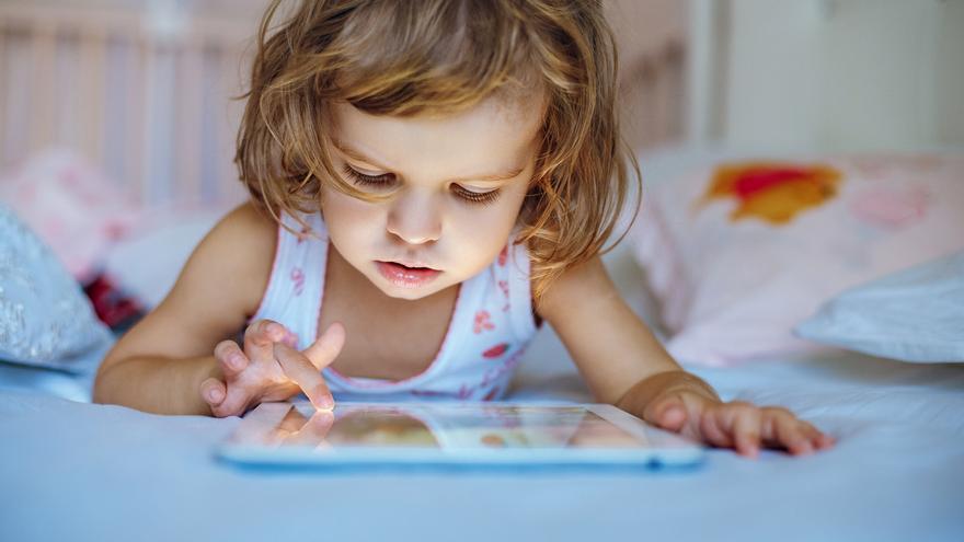 Seis claves para enseñar a nuestros hijos a hacer un uso inteligente de la tecnología