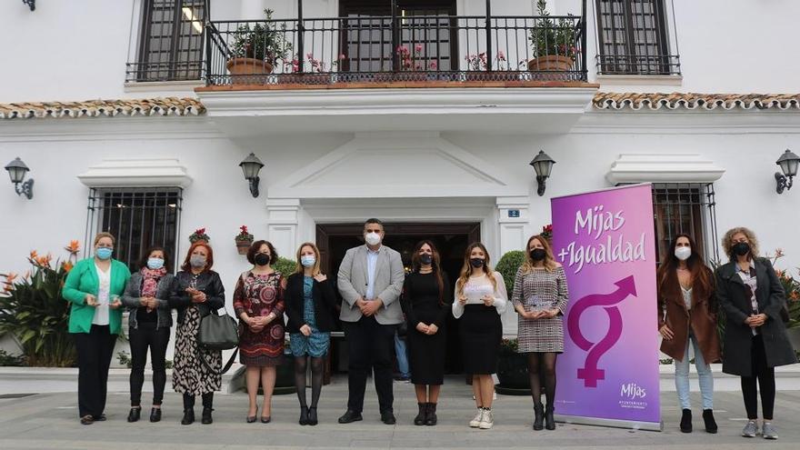 Mijas entrega sus reconocimientos por el Día Internacional de la Mujer