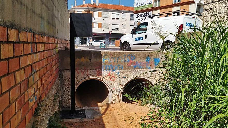 Unos sensores controlarán el caudal de los barrancos que inundan las calles de Alzira
