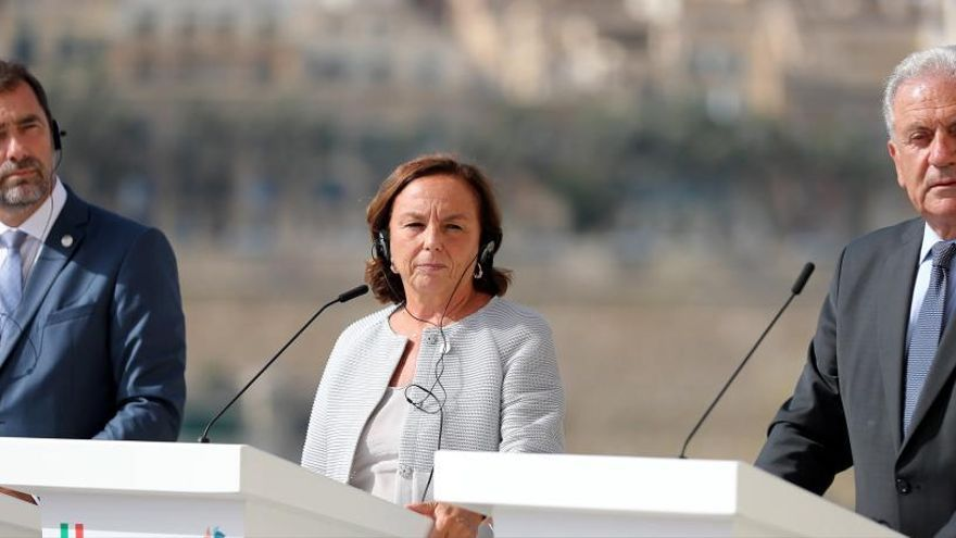 Italia logra un acuerdo con Alemania y Francia para gestionar la migración