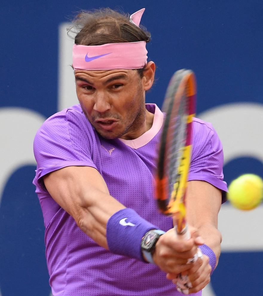Nadal remonta y vence a un batallador Ivashka en su debut en el Barcelona Open
