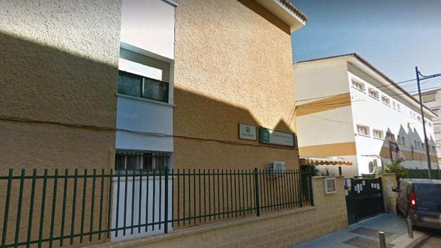 Torre del Mar denuncia la supresión de un aula de infantil el próximo curso en el CEIP Custodio Puga