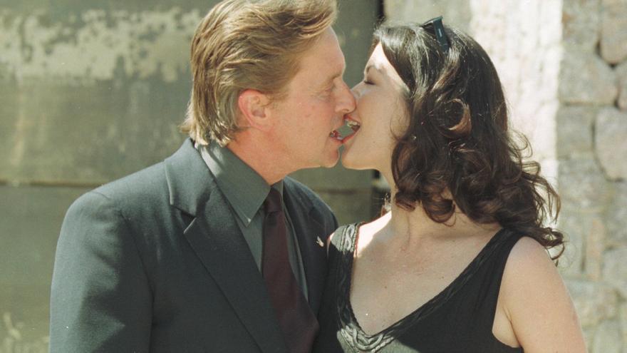 Michael Douglas y Catherine Zeta Jones: Las imágenes de 20 años de matrimonio