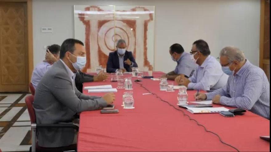 Turismo de Canarias trata con las patronales el protocolo para el establecimiento de corredores seguros y test