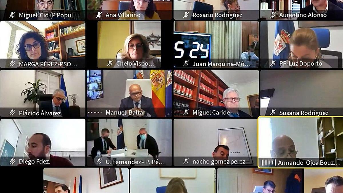 Vista parcial de la pantalla del pleno telemático de la Diputación. |   // FERNANDO CASANOVA