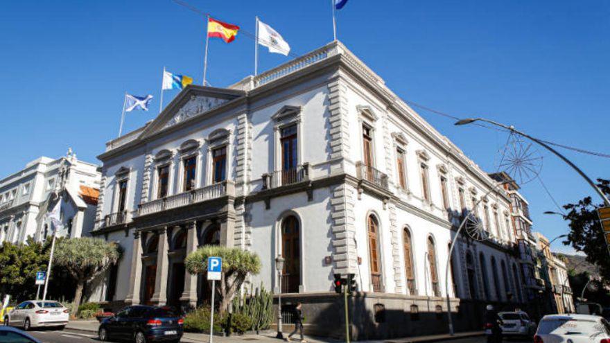 El Ayuntamiento de Santa Cruz se disfraza
