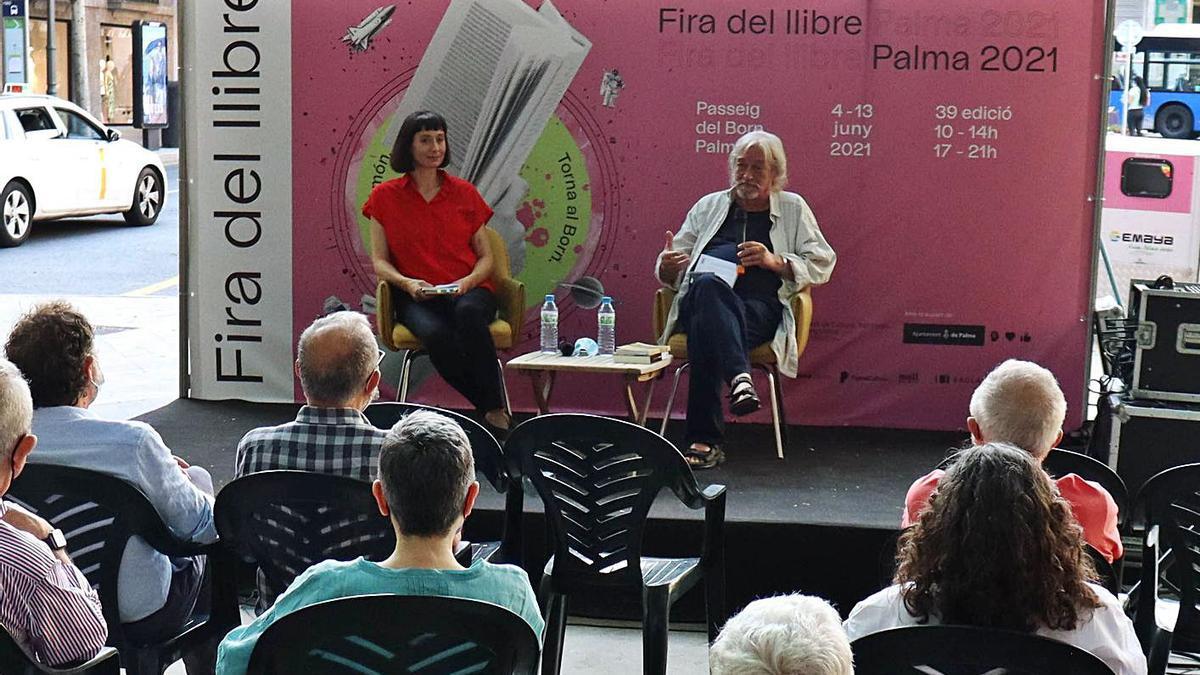 Ruth Miguel presenta 'La pureza' y 'Guerra'