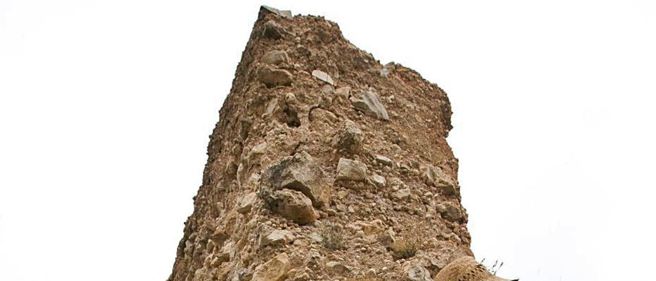 Trabajos de arqueología en el castillo de Navarrés,en 2019 | PERALES IBORRA