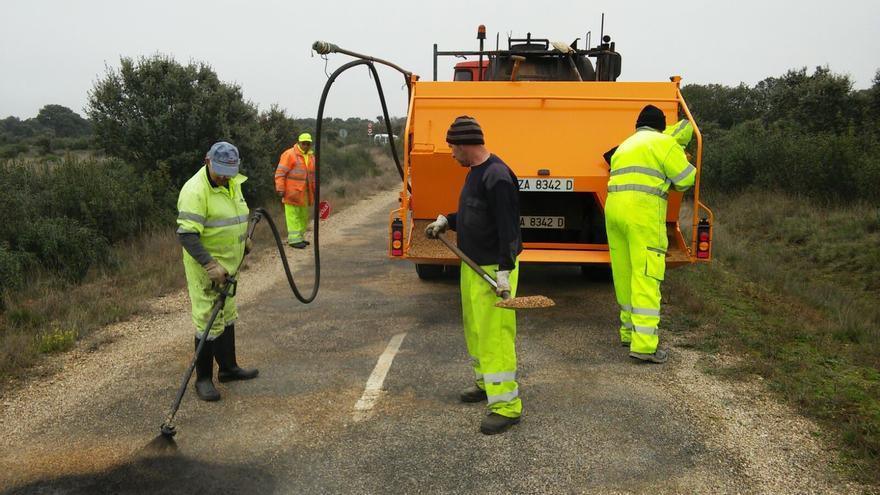Camiones de 37 años bachean la provincia de Zamora