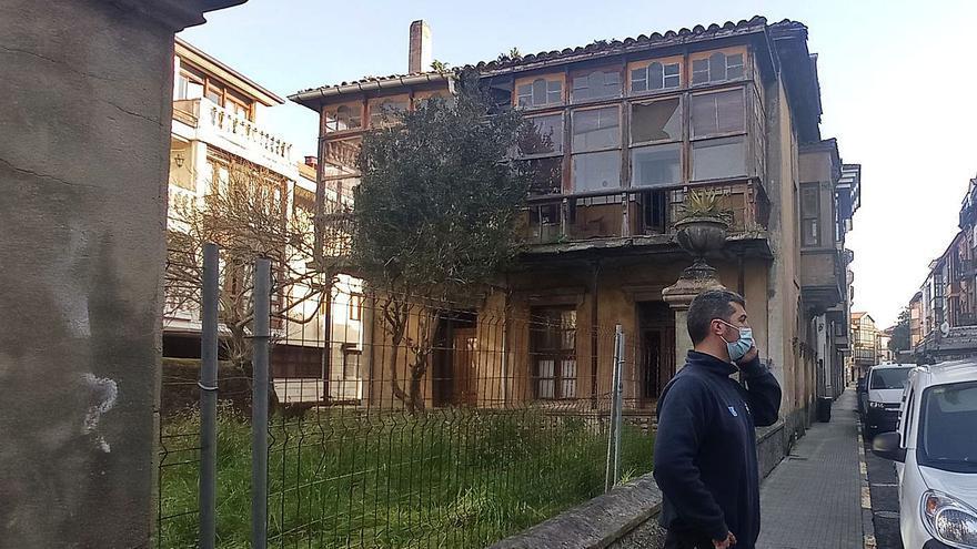 Llanes urge a Patrimonio a que autorice la intervención en la casa de Gracia Noriega
