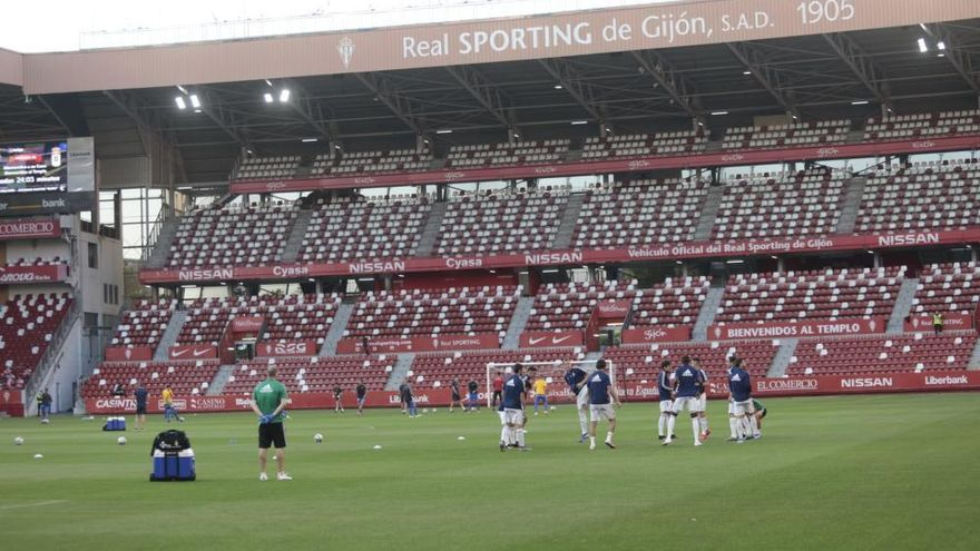 Fútbol: Así fue el Sporting-Oviedo disputado en El Molinón