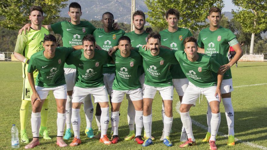 La Jonquera revoluciona la plantilla i la banqueta per recuperar la Tercera Divisió