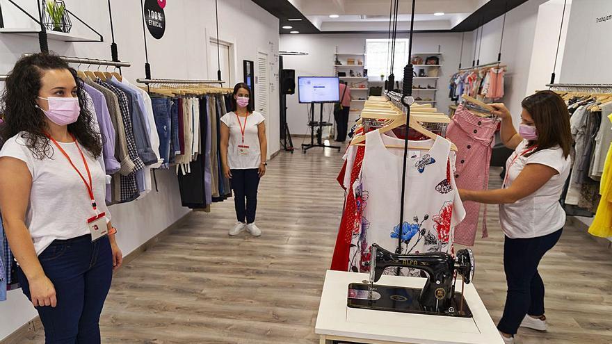 Abre la primera tienda de 'Moda Re-' de Cáritas