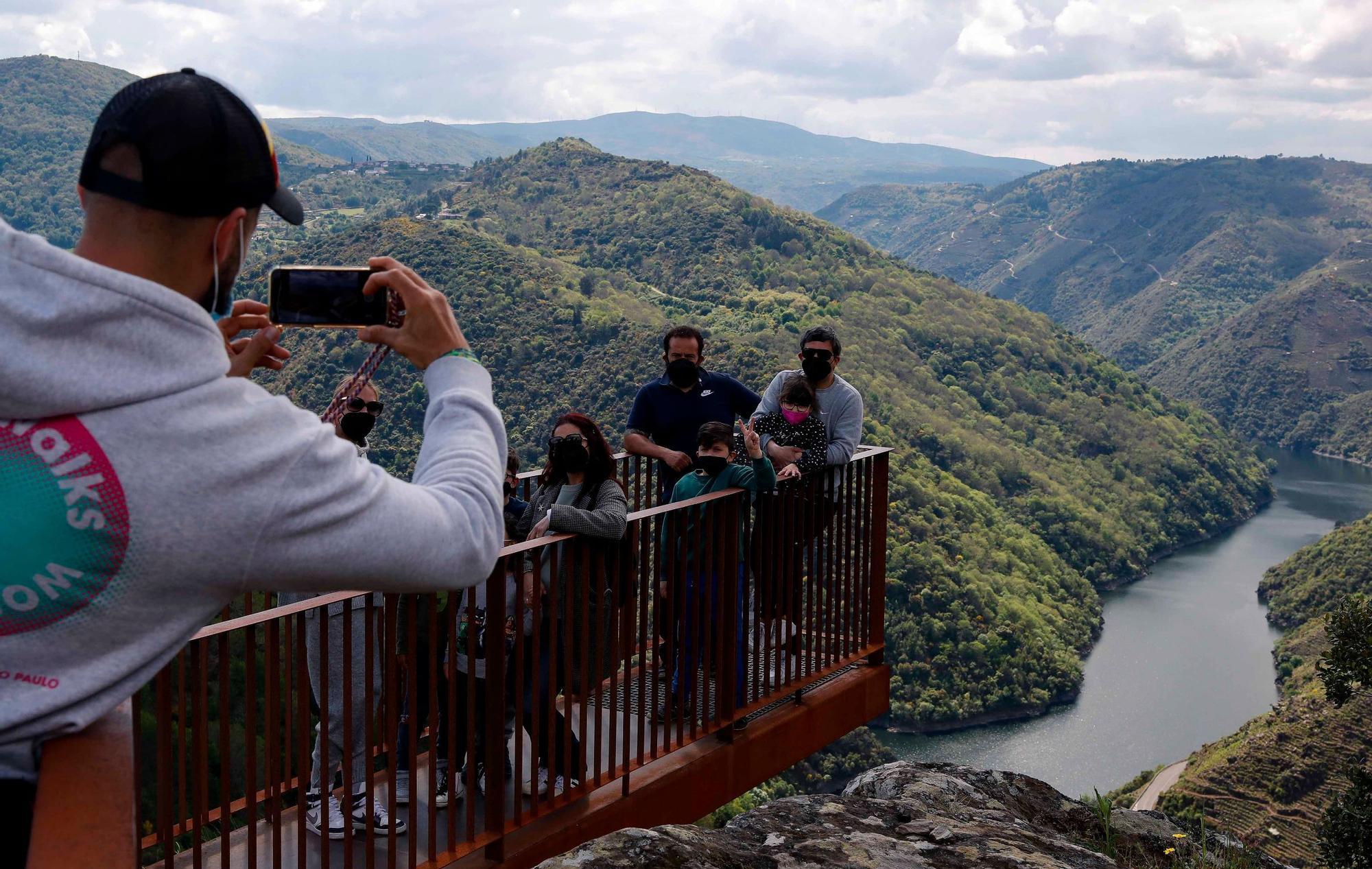 La magia de la Ribeira Sacra y los cañones del Sil, a vista de dron