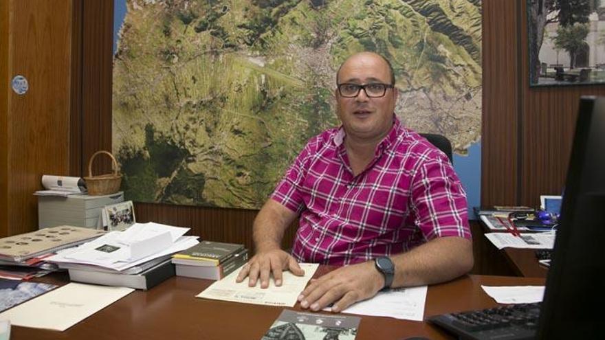 "El concejal socialista, Zebenzui Gonzalez: ""No voy a dimitir"""