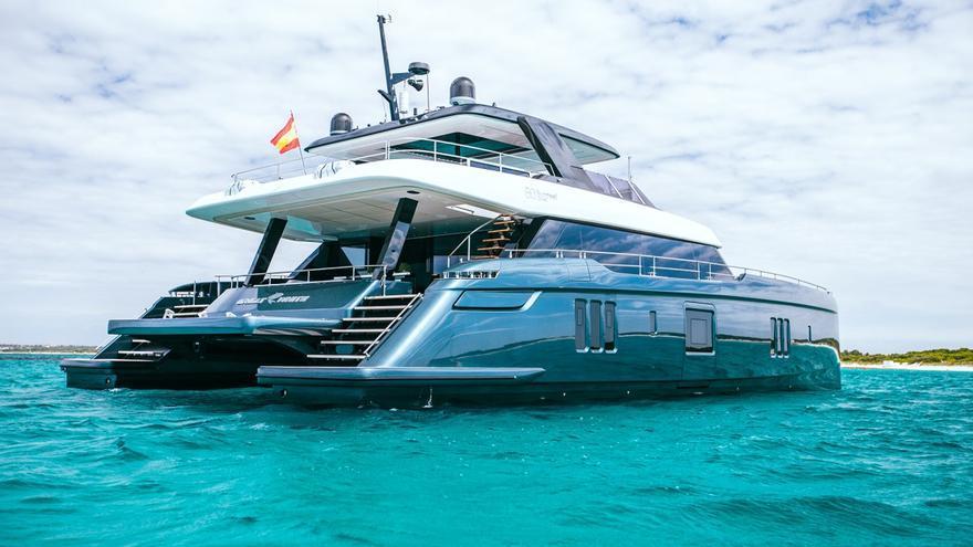 Rafa Nadal tiene el mejor catamarán del mundo según la revista Forbes