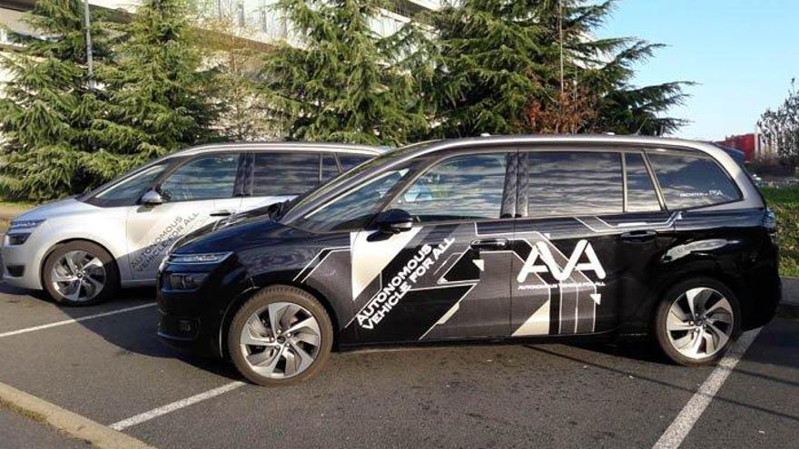 Conductores no profesionales prueban en París los coches autónomos de PSA
