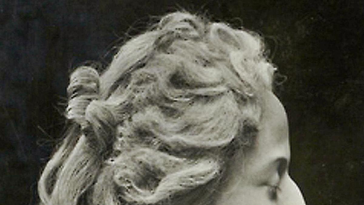 de la guillotIna al museu, els caps de cera de Madame Tussaud. 1 Figura de Madame Tussaud al London Royal Wax Museu de Victoria.  