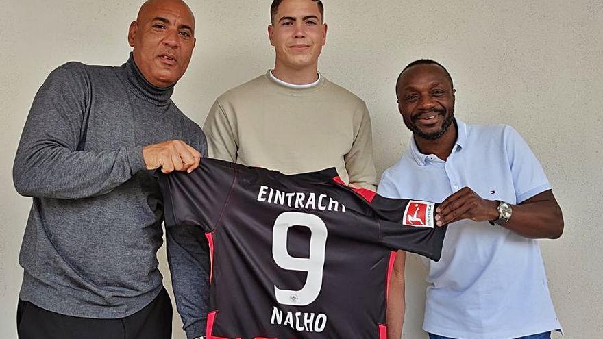 El alzirista Nacho Ferri conoce de cerca los entresijos del Eintracht