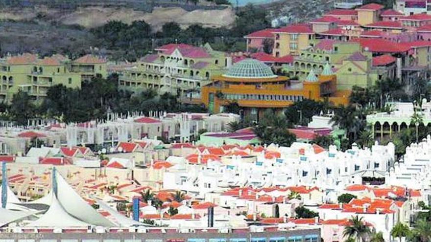 Invierten 884.238 euros en los accesos peatonales de Costa Adeje