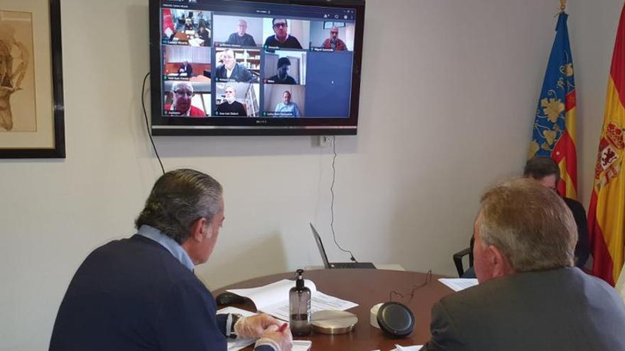 La Cámara de Comercio de Alicante se reúne por vía telemática por primera vez en su historia