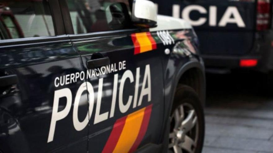 Detenida una mujer tras  amenazar a su marido con un cuchillo de 12 centímetros