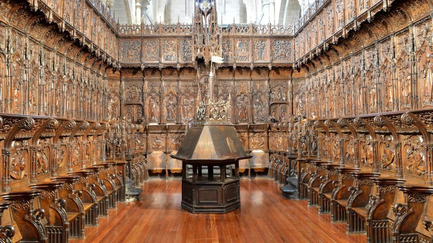 Rivera de las Heras presenta un libro sobre la sillería de la Catedral de Zamora