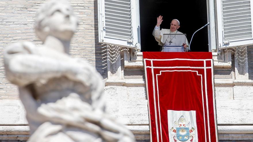"""El Papa: """"No vivo en los apartamentos papales porque acabaría en un psiquiátrico"""""""