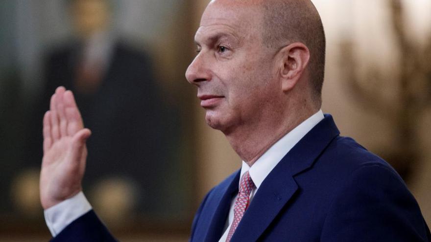 El embajador de EEUU ante la UE declara que presionó a Ucrania por orden de Trump