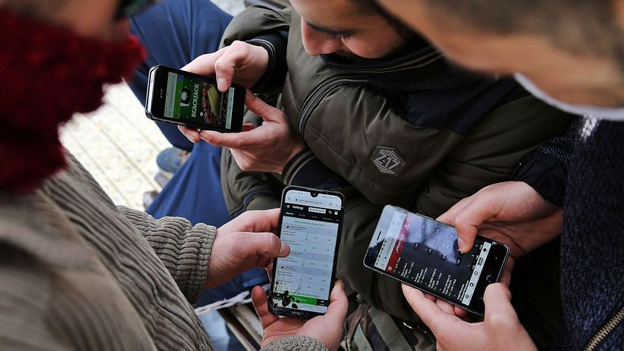 La pandemia triplica las asistencias por adicciones a las apuestas 'online'