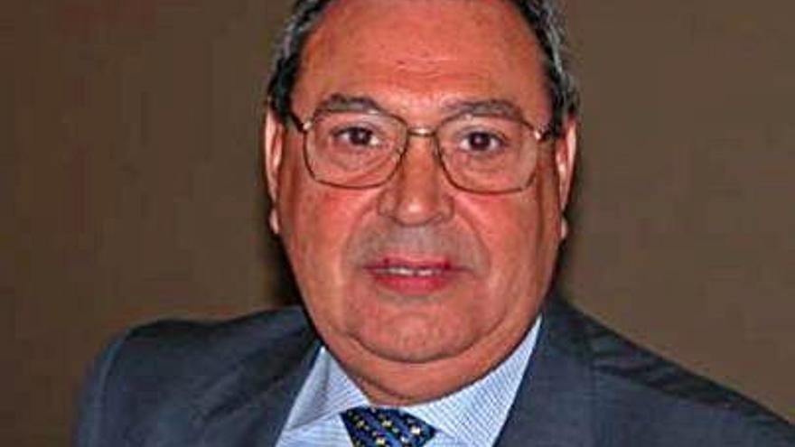 El barcelonismo llora la muerte del periodista mierense Demetrio González